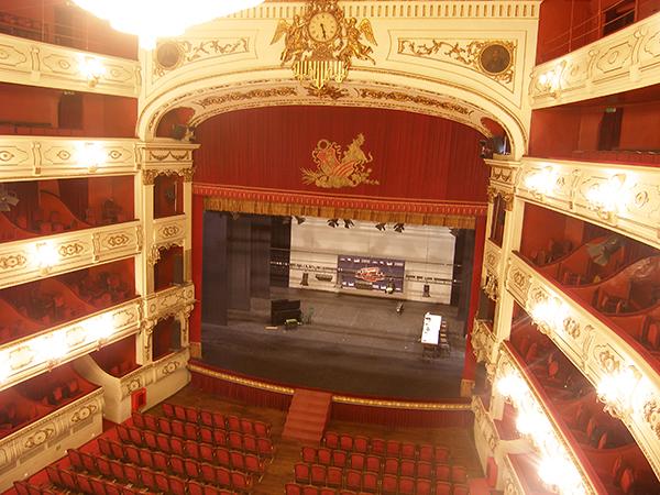Teatro principal de valencia ac stica virtual del for Teatro principal valencia
